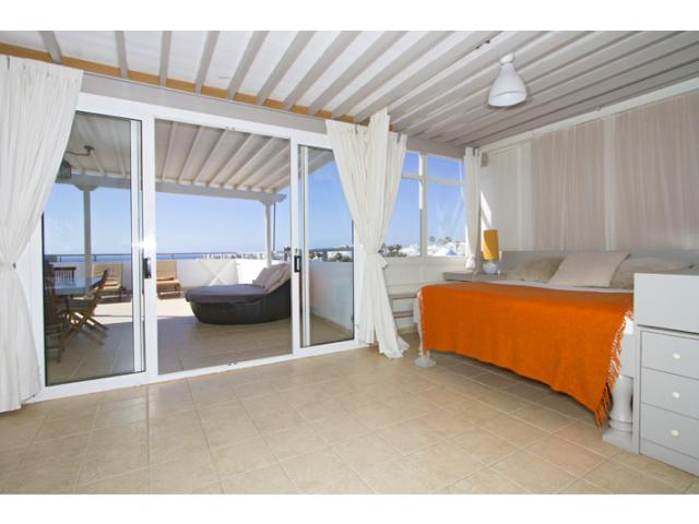 Ocean View Day Bed and View - Ocean View Penthouse, Costa Teguise, Lanzarote