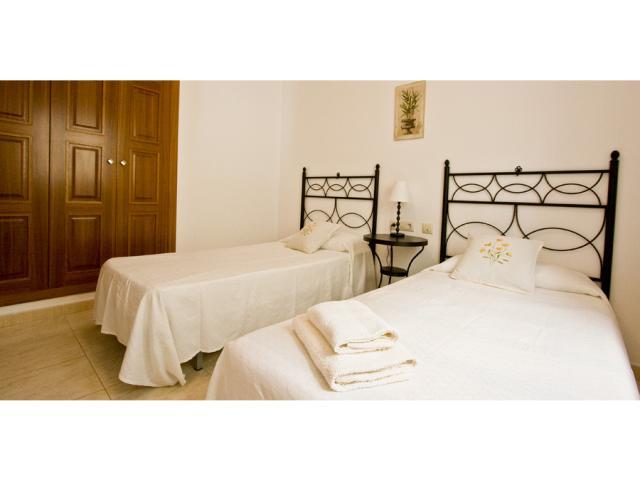 twin bedroom downstairs - Villa Clara, Costa Teguise, Lanzarote