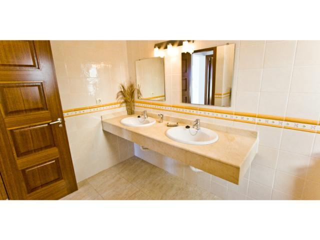 upstairs bathroom - Villa Clara, Costa Teguise, Lanzarote